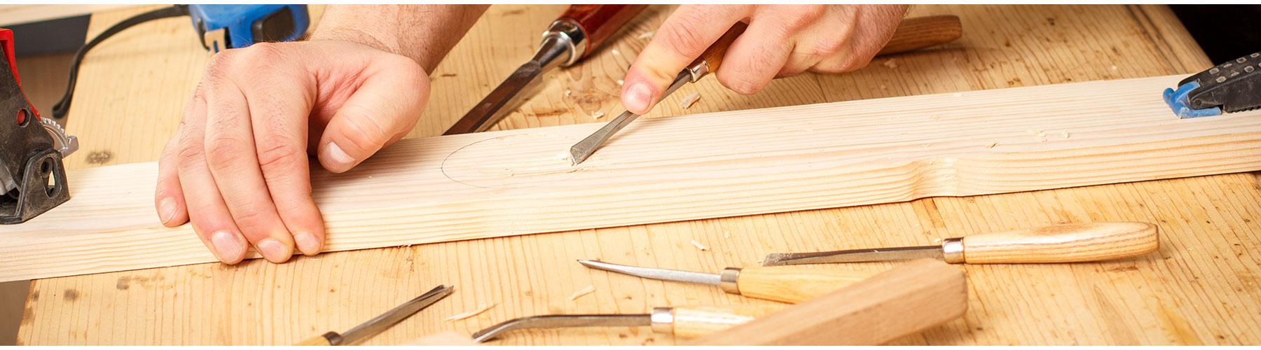 menuiserie l 39 art bois menuiserie solli s pont eb nisterie d art toulon. Black Bedroom Furniture Sets. Home Design Ideas